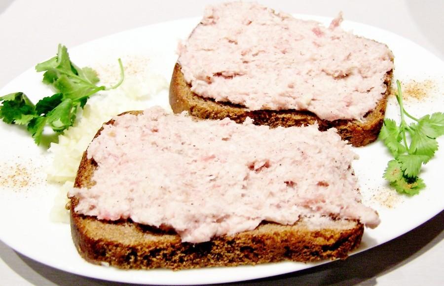 Хлеб с салом