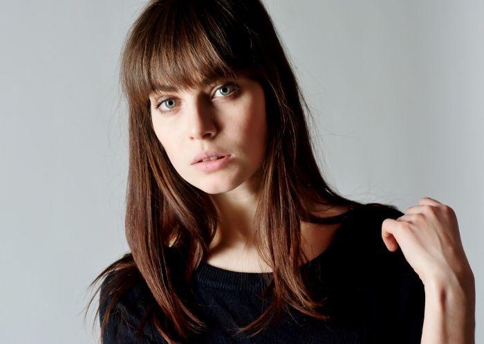 Красивая актриса Снигирь Юлия
