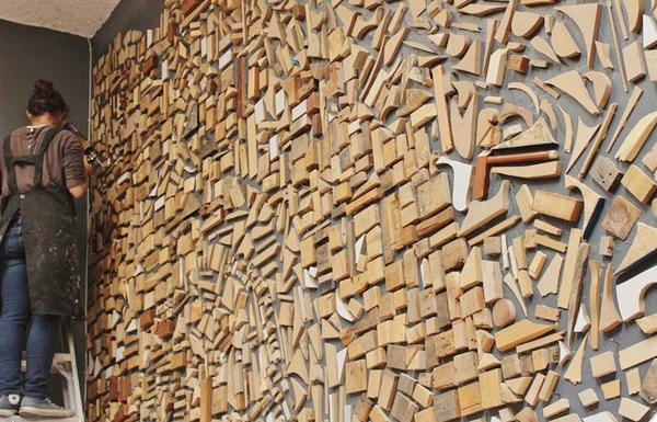 Мозаично панно из кусочков дерева