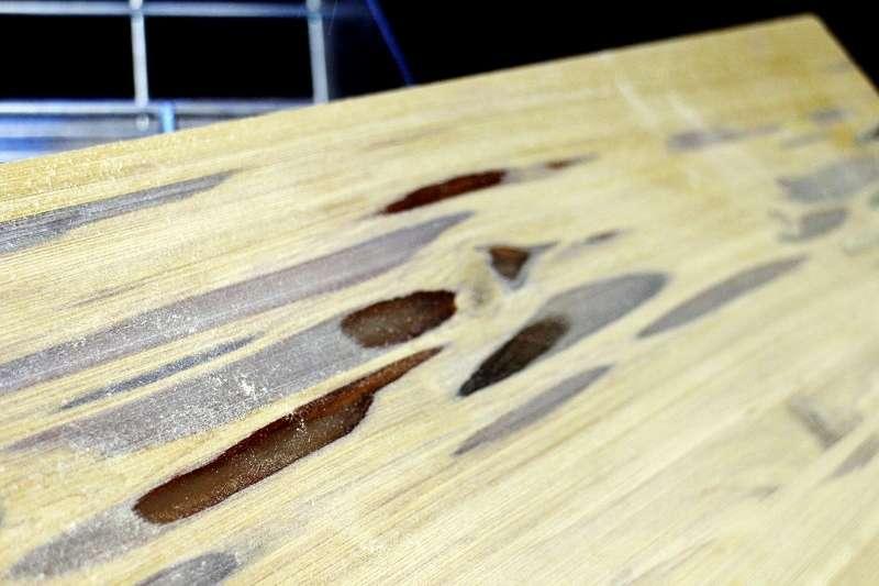 Отшлифованная поверхность столешницы