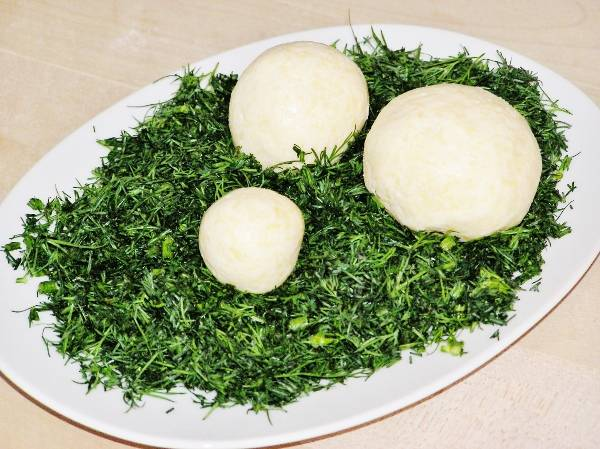 Шарики из сыра с укропом