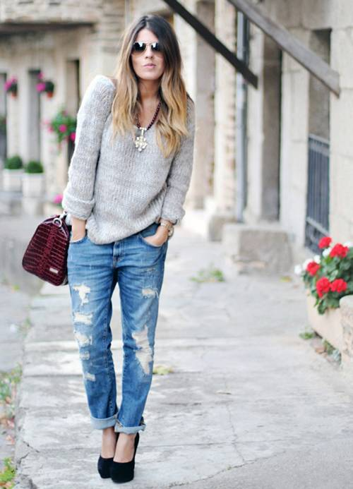 Джинсы со свитером