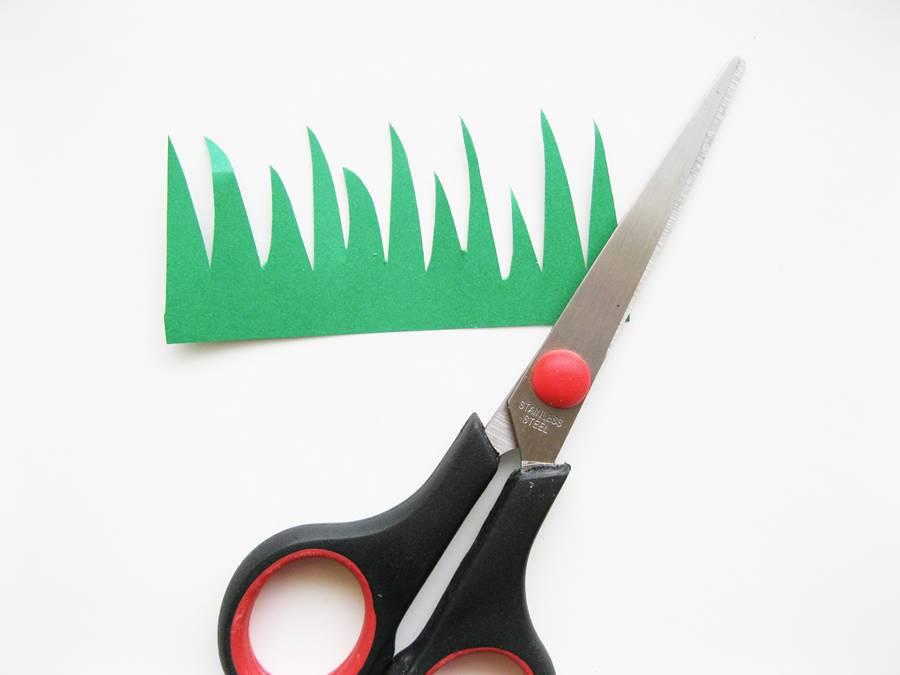 Вырезаем траву