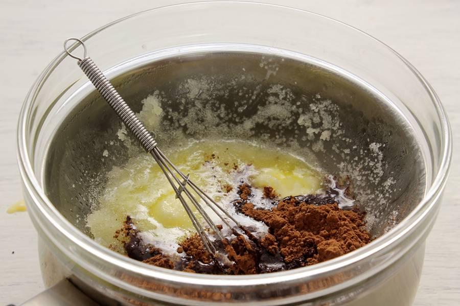Приготовление пирога с маком