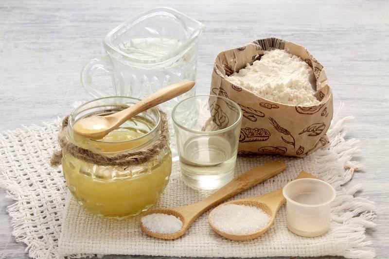 Ингредиенты для медовой коврижки
