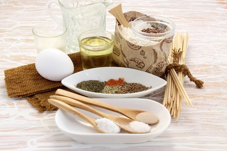 Ингредиенты для домашнего охотничьего хлеба