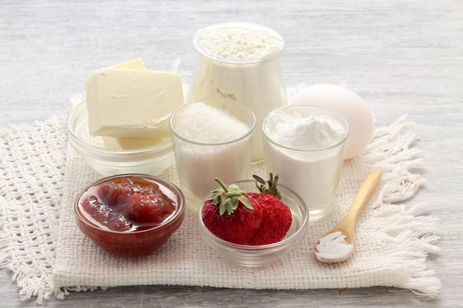 Ингредиенты для тертого пирога