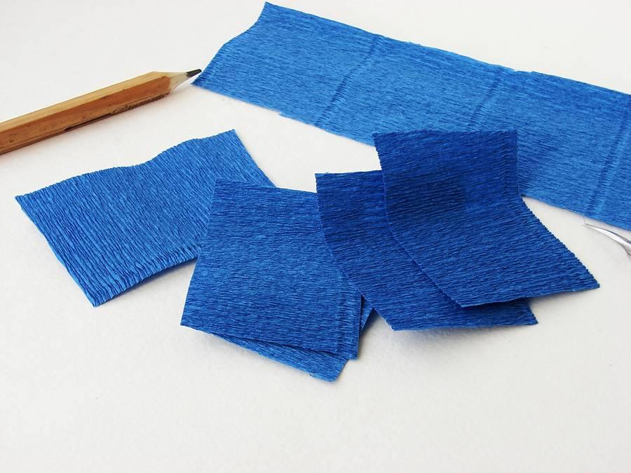 Изготовление поделки из бумаги, шаг 3