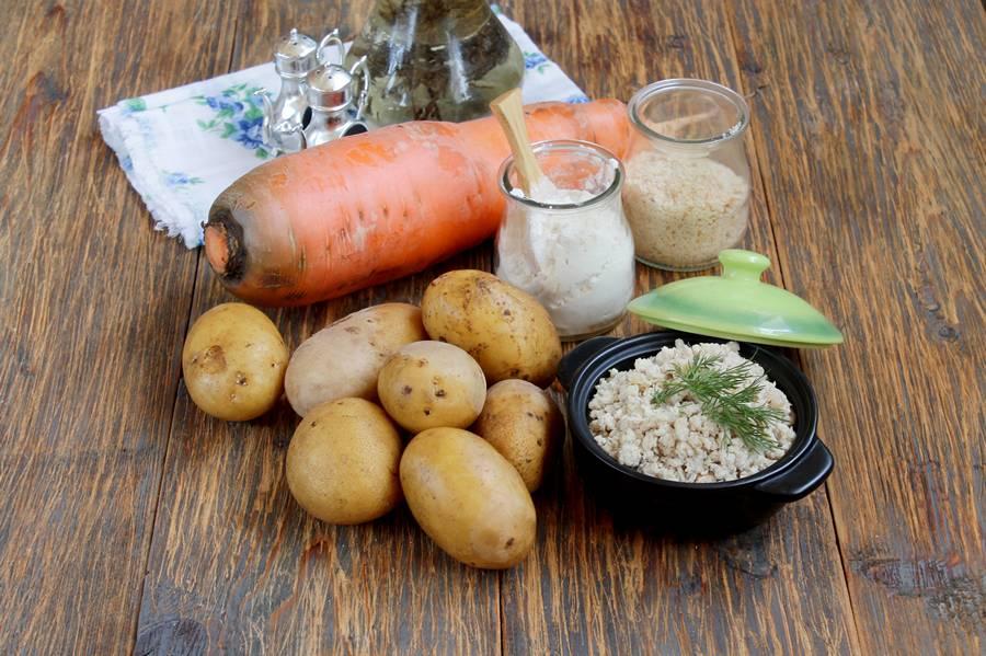 Ингредиенты для приготовления картофельных зраз с морковью и мясной начинкой