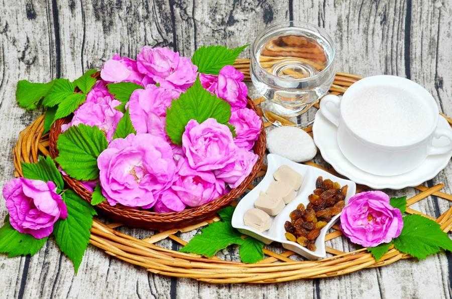 Ингредиенты для кваса из чайной розы