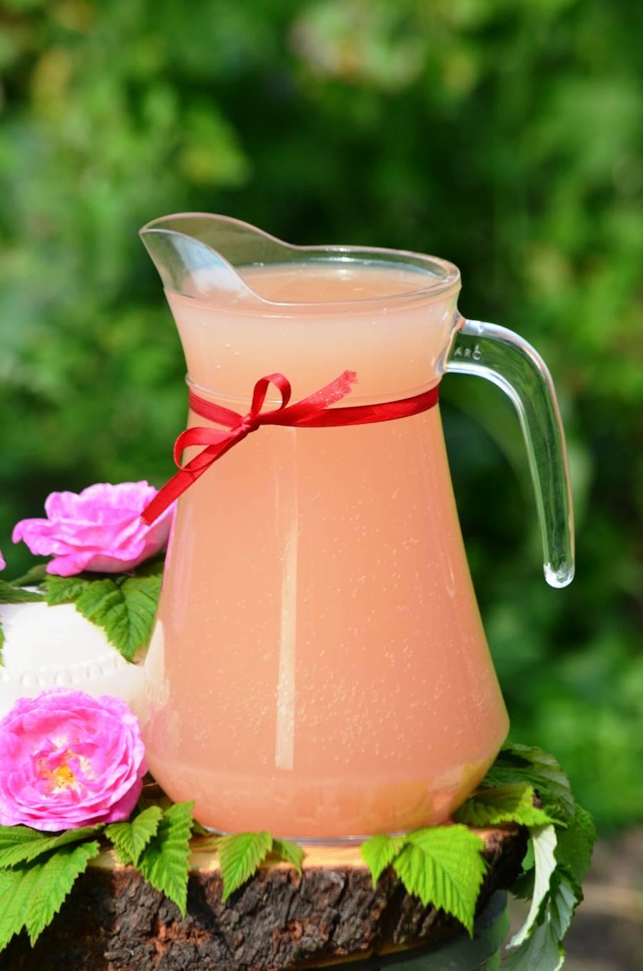 Домашний квас из чайной розы