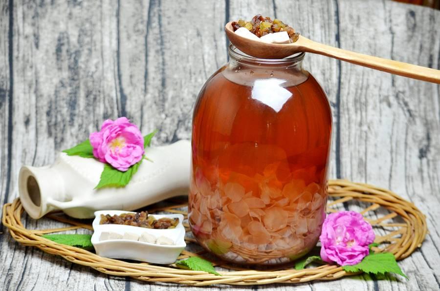 Приготовление домашнего кваса из чайной розы