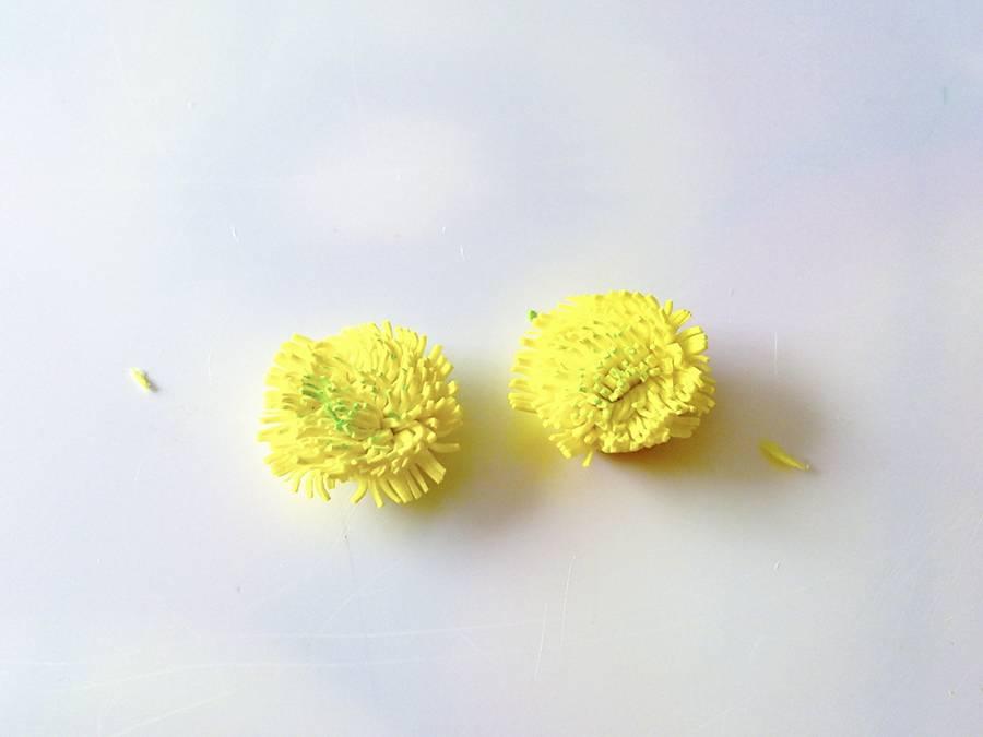 Изготовление ромашек из фоамирана