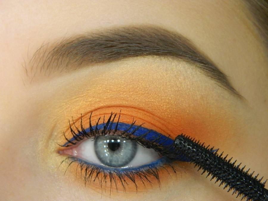 Как сделать летний макияж глаз