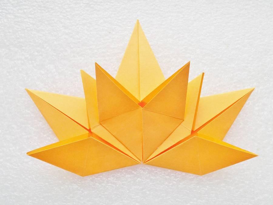 Изготовление кленового листа в технике оригами