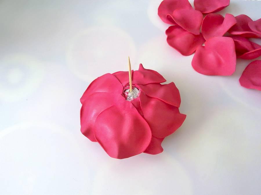 Изготовление розы из фоамирана
