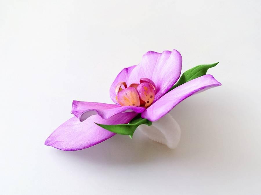 Резинка для волос с орхидеей
