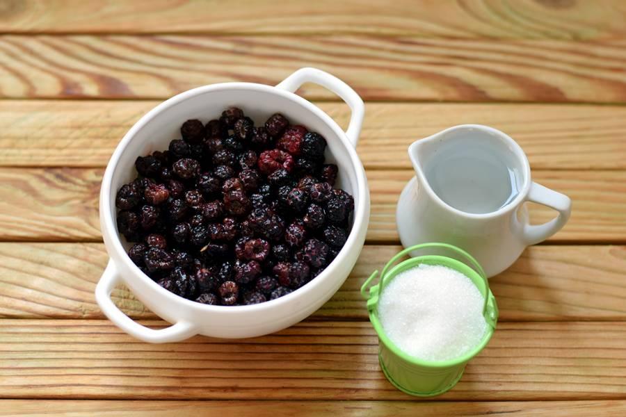 Ингредиенты для джема из ежевики