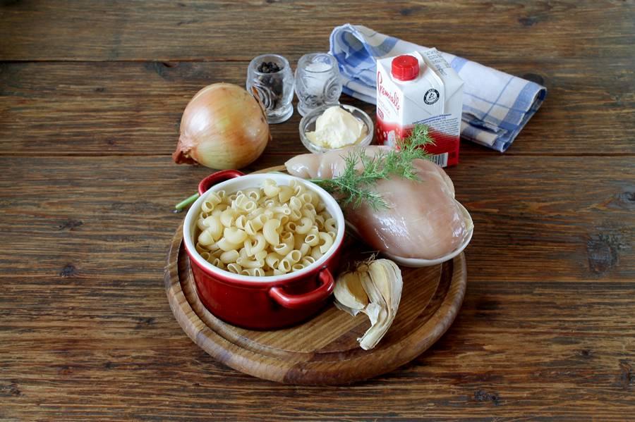 Ингредиенты для курицы с макаронами в сливках