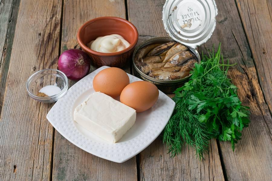 Ингредиенты для шпротного паштета