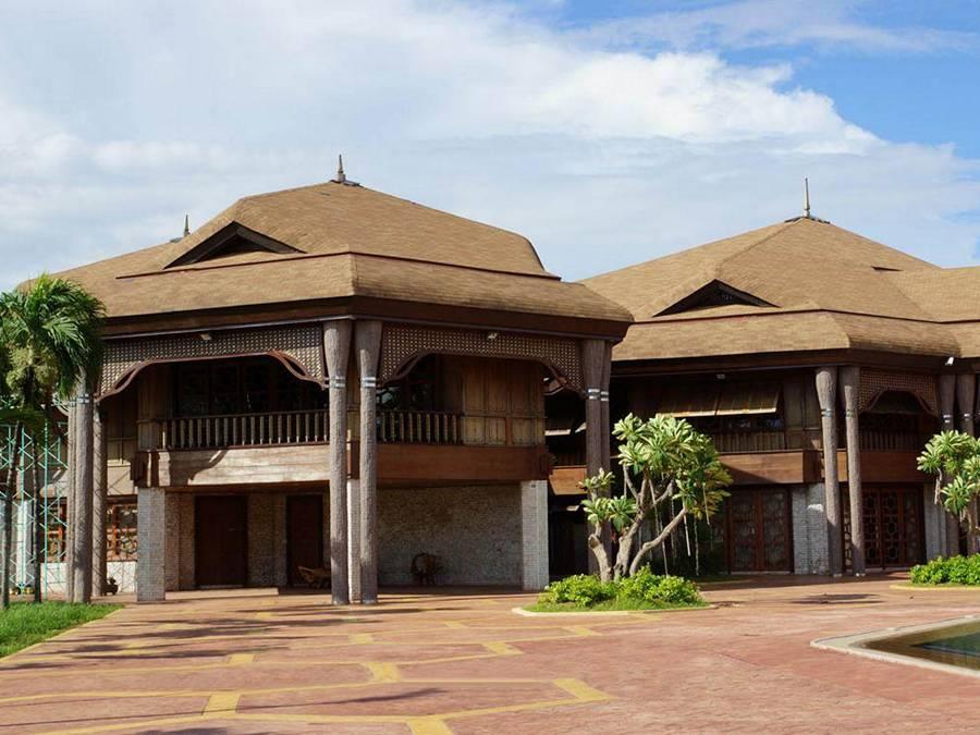 Кокосовый дворец в Маниле