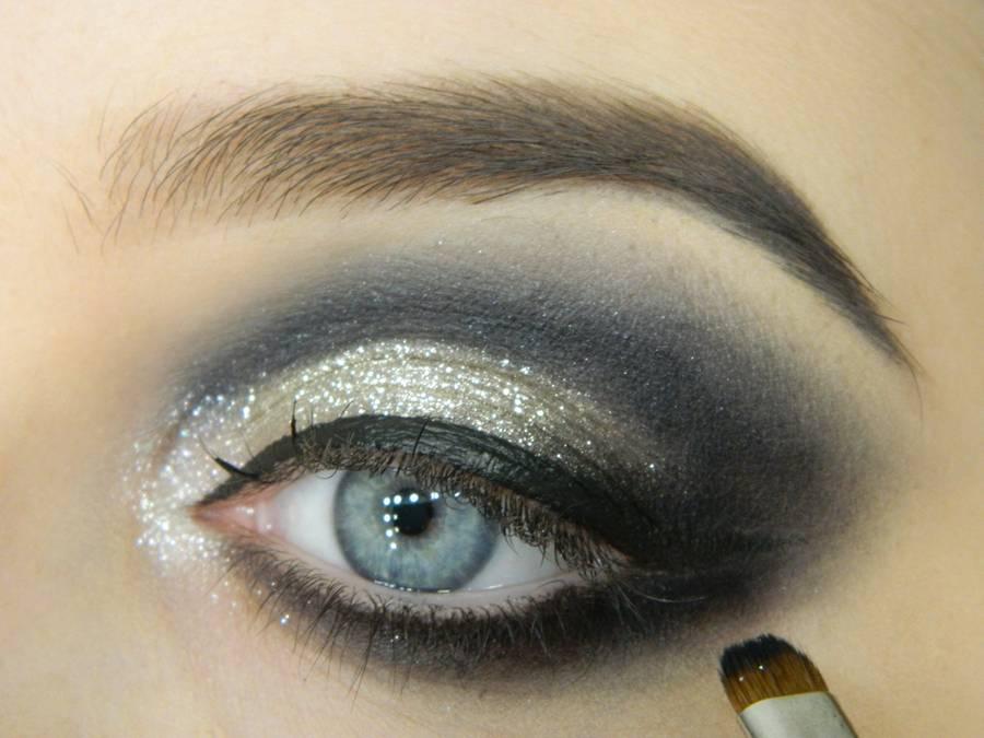 Как сделать новогодний макияж шаг-10