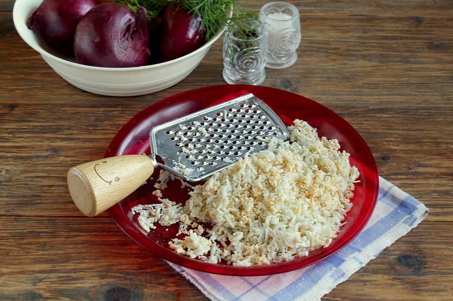 Приготовление салата с печенью трески