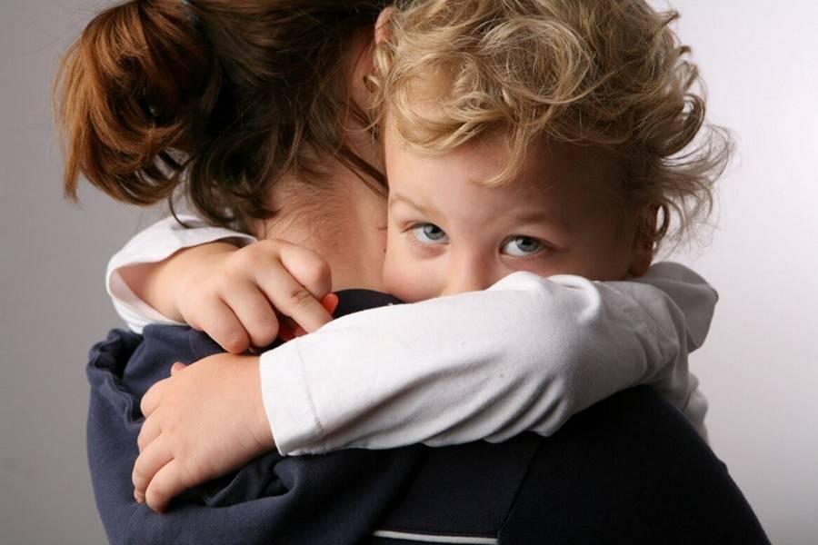 Привязанность ребенка к взрослому