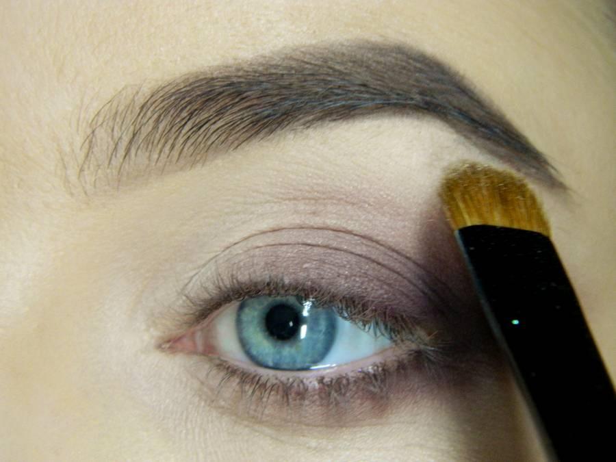 Как сделать легкий повседневный макияж глаз шаг 10