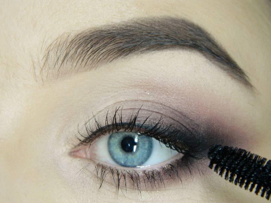 Как сделать легкий повседневный макияж глаз шаг 14