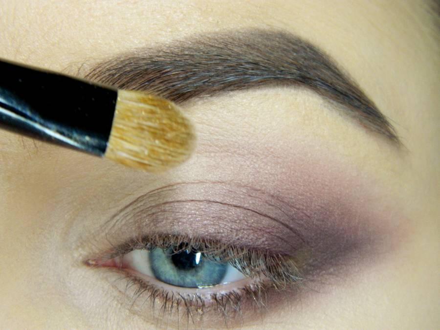 Как сделать легкий повседневный макияж глаз шаг 9