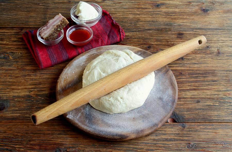Приготовление пиццы в форме кольца шаг 1