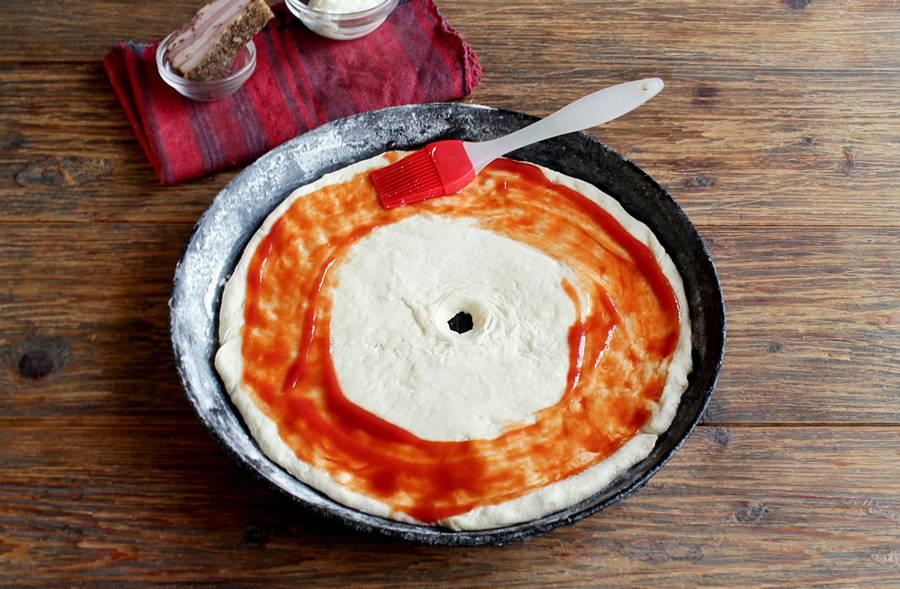 Приготовление пиццы в форме кольца шаг 4