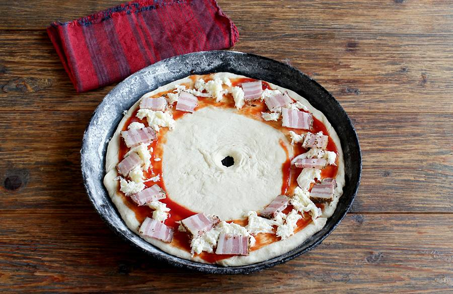 Приготовление пиццы в форме кольца шаг 5