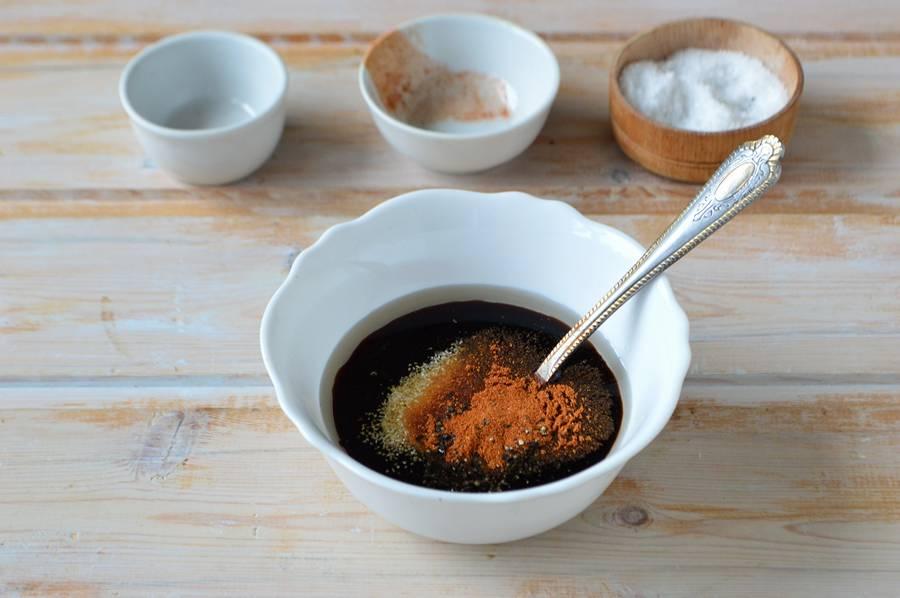 Приготовление куриных крыльев в медово-соевом соусе шаг 2