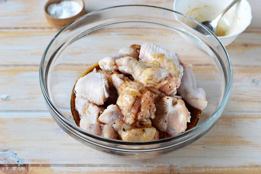 Приготовление куриных крыльев в медово-соевом соусе шаг 5