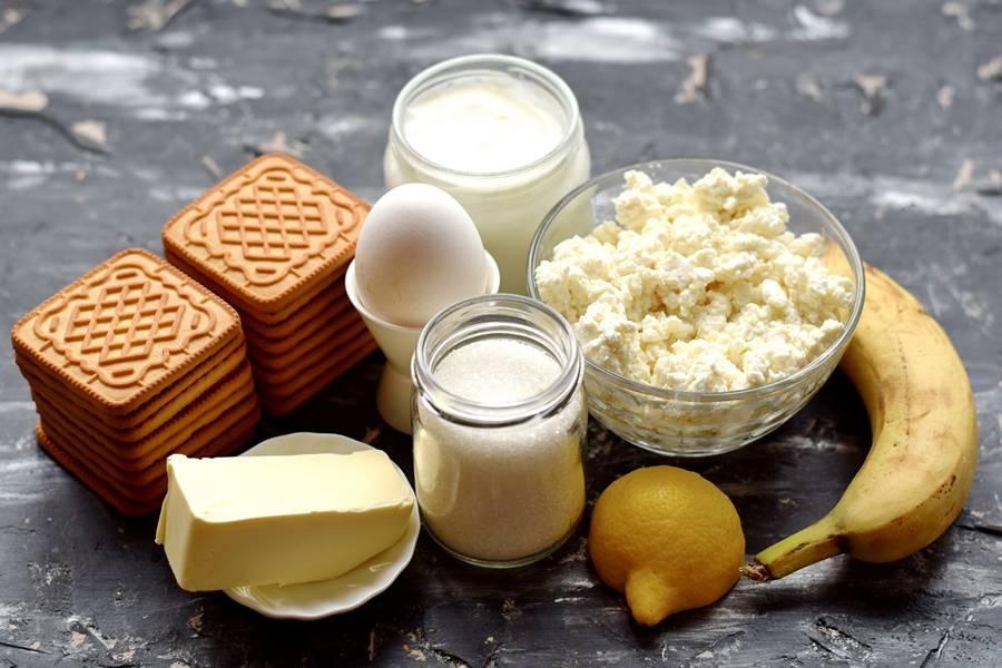 Ингредиенты творожного кекса с бананом
