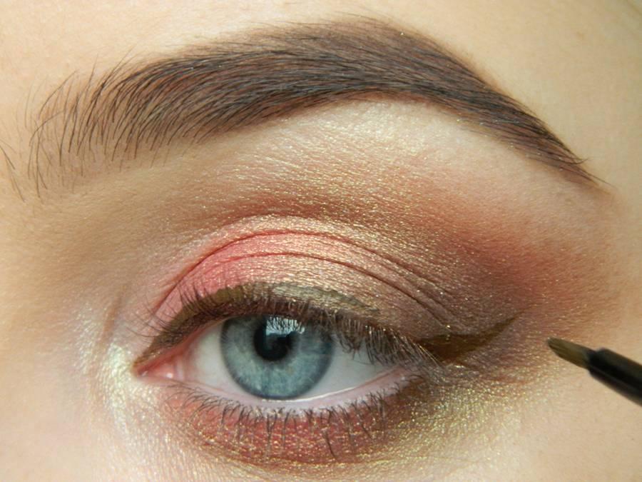 Как сделать дневной макияж в персиковых тонах шаг 9