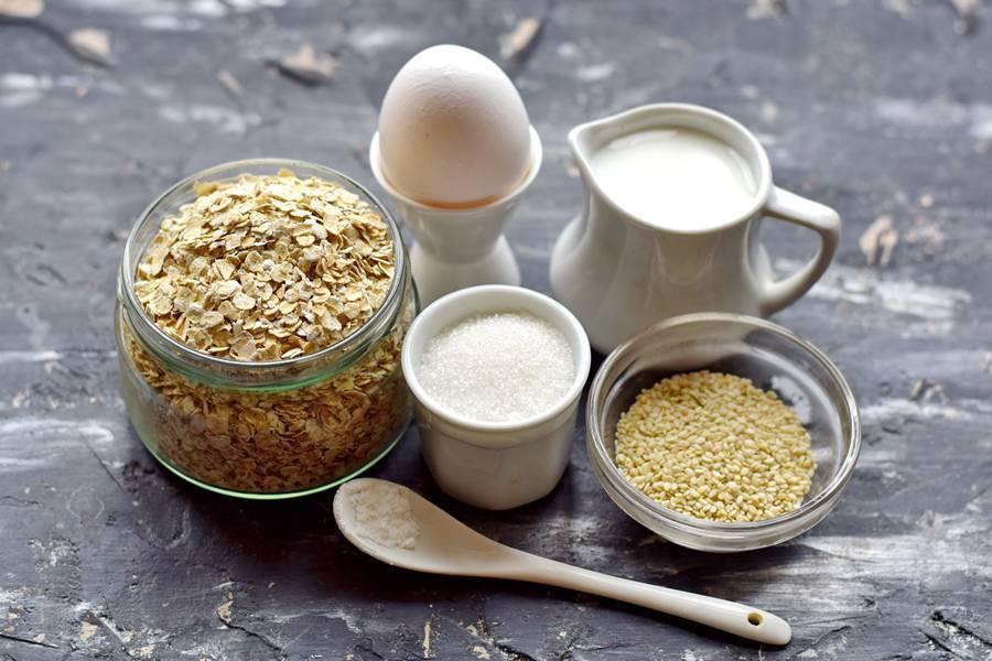 Ингредиенты овсяного печенья с кунжутом