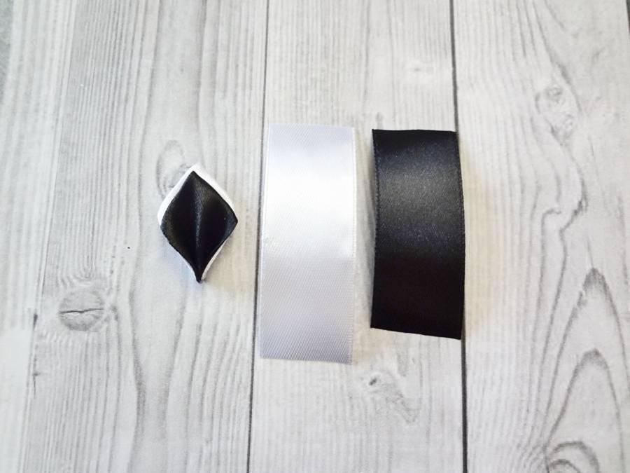 Изготовление банта на резинке для волос в технике канзаши шаг 1