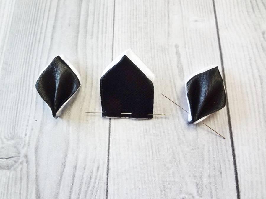 Изготовление банта на резинке для волос в технике канзаши шаг 4