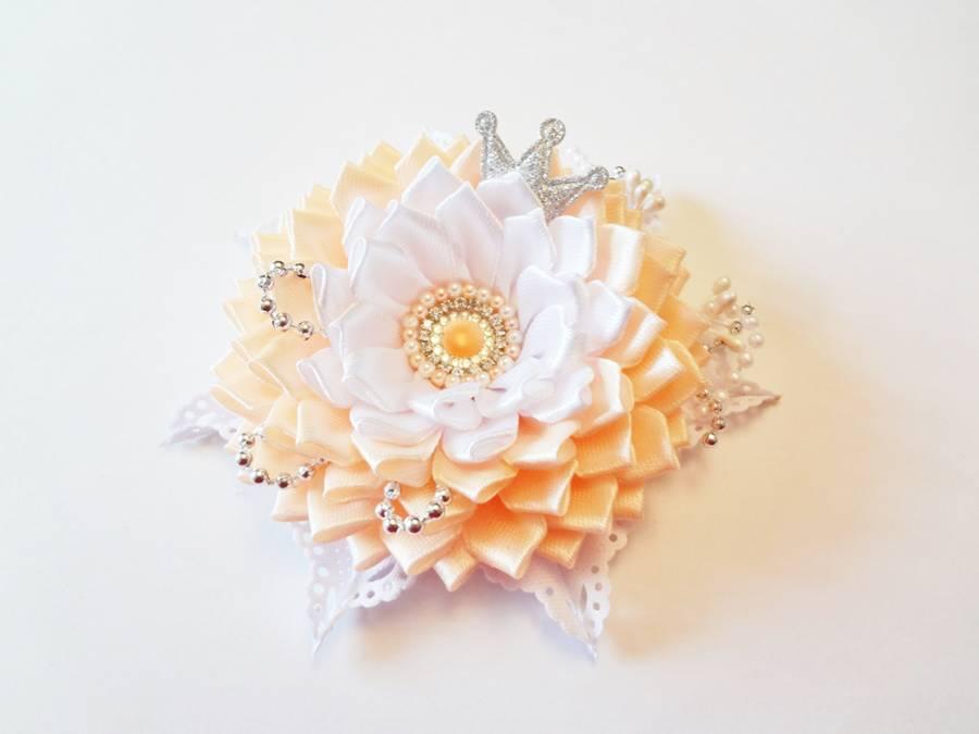 Изготовление заколки с цветком, выполненным в технике канзаши шаг 15