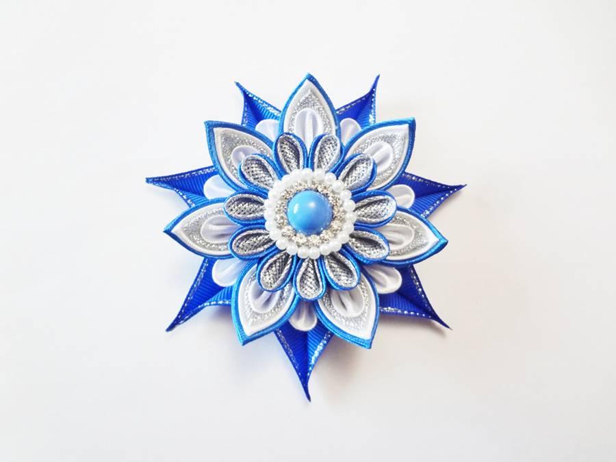 Изготовление заколок с цветами, выполненными в технике канзаши шаг 13