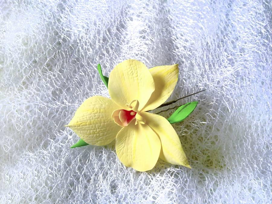 Орхидея из фоамирана на шпильке для волос
