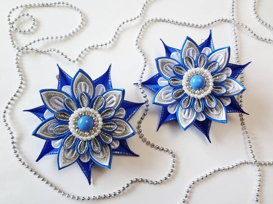 Заколки с цветами, выполненными в технике канзаши