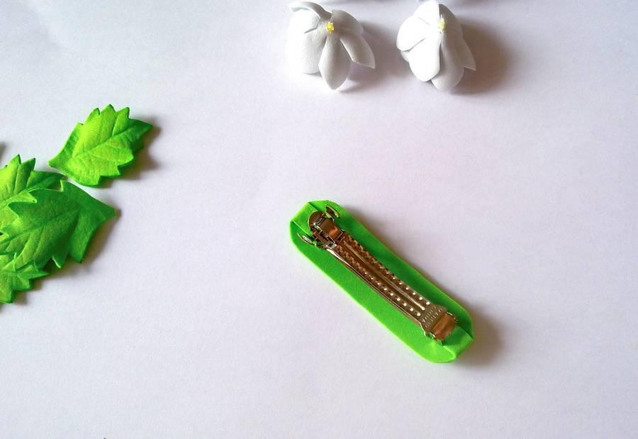 Изготовление заколки-автомата с цветами из фоамирана шаг 10