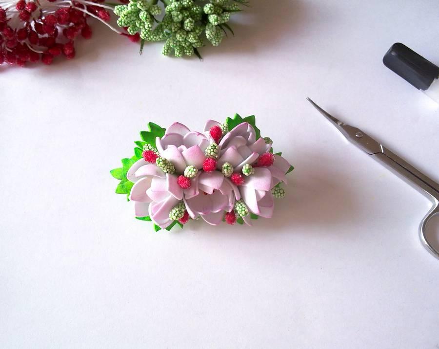 Изготовление заколки-автомата с цветами из фоамирана шаг 17