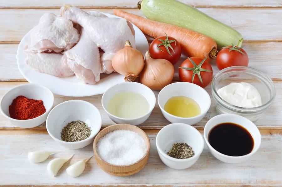 Ингредиенты курицы с овощами
