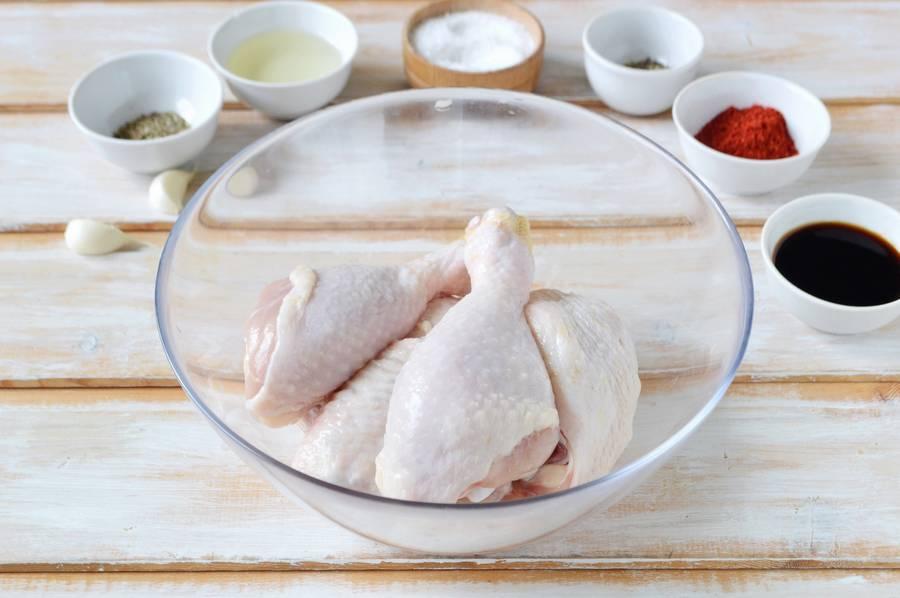 Приготовление курицы с овощами в духовке шаг 1