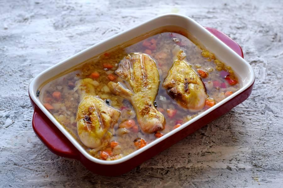 Приготовление булгура с курицей и овощами шаг 8
